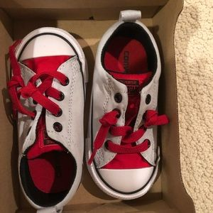NWT converse sneakers for toddler size 7